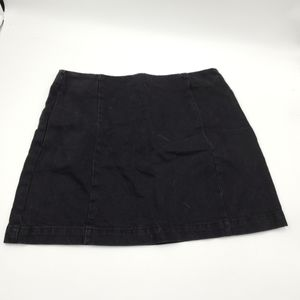 4/$25 Topshop Moto Wash Black Denim Skirt